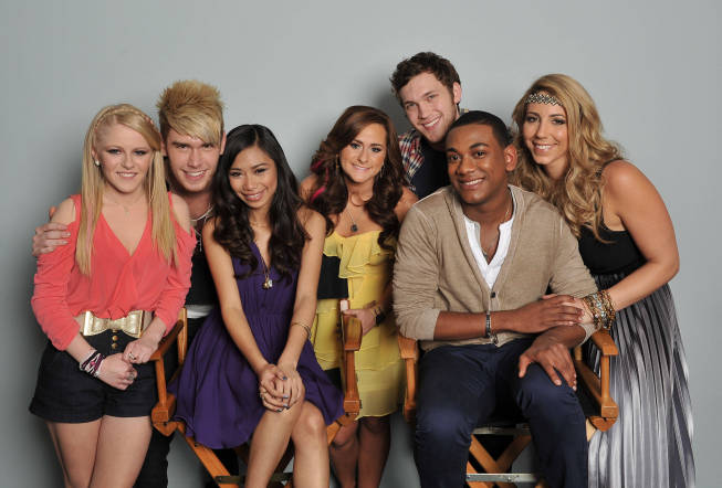 The `American Idol` top seven: Hollie Cavanagh, Colton Dixon, Jessica Sanchez, Skylar Laine, Phillip Phillips, Joshua Ledet and Elise Testone. (photo by Michael Becker/FOX)