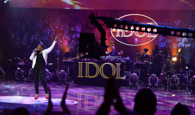 `American Idol`: Candice Glover in the `Sudden Death Round` Wednesday on FOX. (photo by Michael Becker/FOX; copyright: FOX)