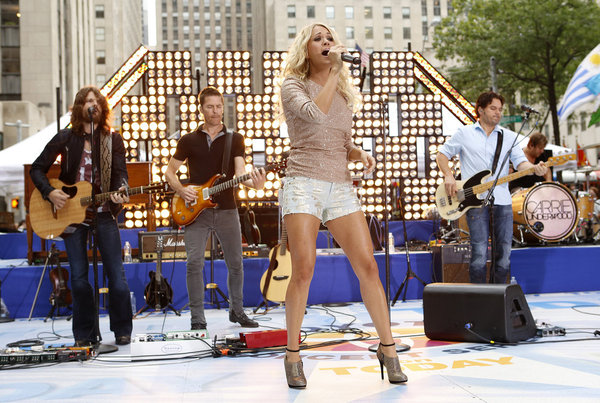 Carrie Underwood performs on NBC News' `Today` show. (photo by Peter Kramer/NBC)