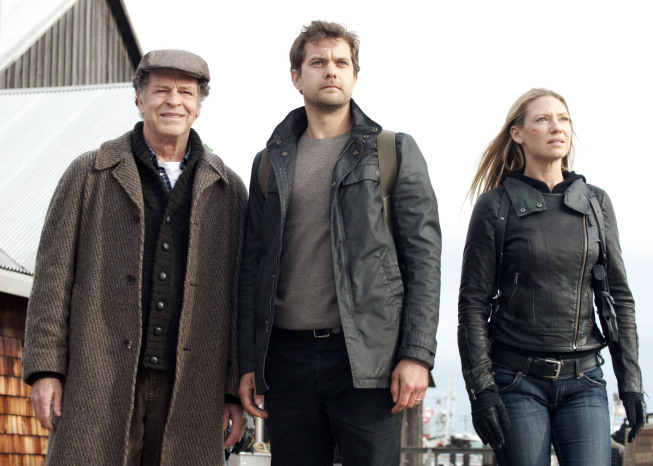 `Fringe`: Walter (John Noble), Peter (Joshua Jackson) and Olivia (Anna Torv) track a mysterious signal in the `Black Blotter` episode on FOX. `Fringe` concludes its epic five-season run on Jan. 18. (photo ©2012 Fox Broadcasting Co./credit: Cate Cameron/FOX)