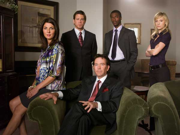 The stars of `Leverage,` from left, are Gina Bellman, Christian Kane, Timothy Hutton, Aldis Hodge and Beth Riesgraf. (photo by Richard Foreman)