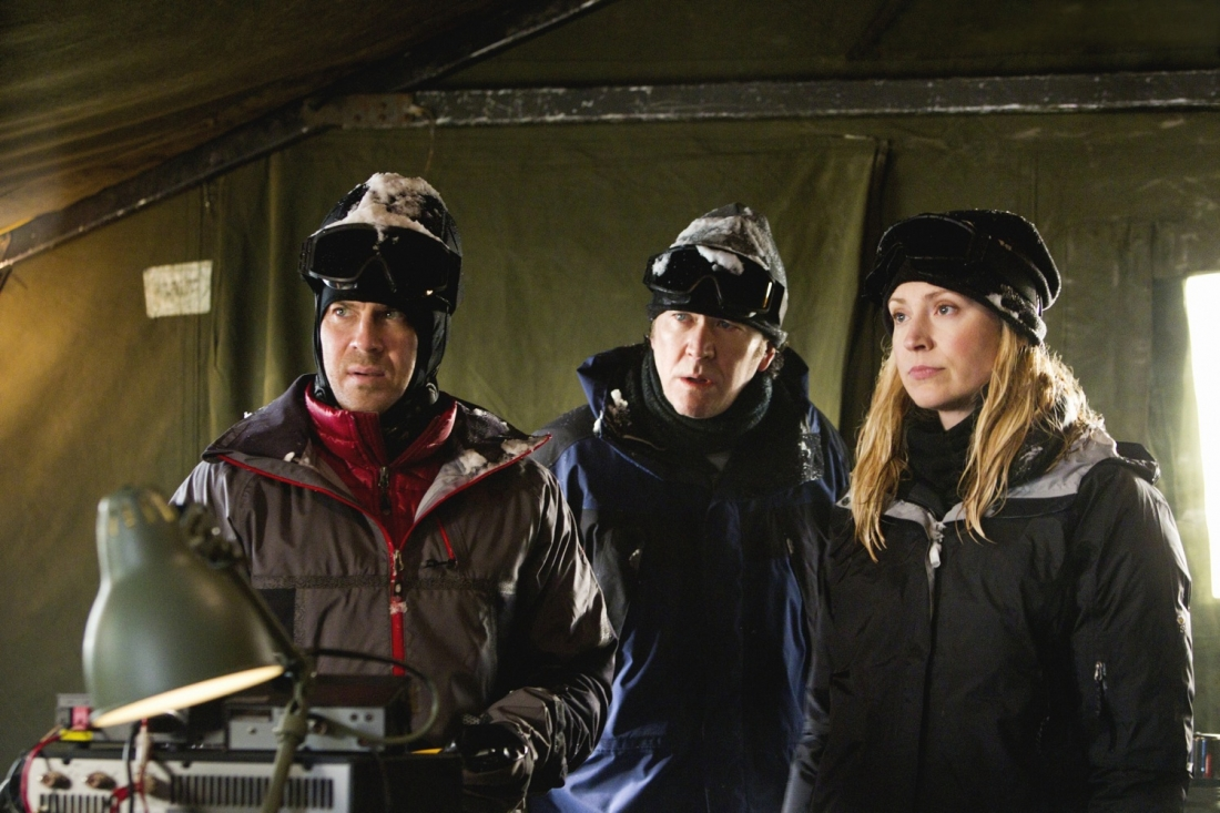 Timothy Hutton, Christian Kane and Beth Riesgraf star in `Leverage` on TNT. (photo by Erik Heinila/TNT)