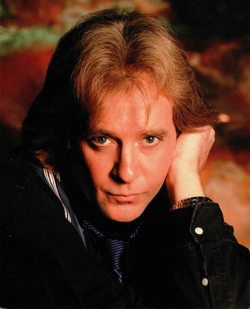 Eddie Money performs Dec. 31 at Seneca Niagara Casino & Hotel.