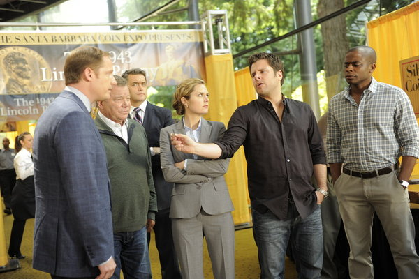 Pictured from left in the `Psych` episode `True Grits` are Mark Evan Jackson as Sheldon Gates, William Shatner as Frank O'Hara, Timothy Omundson as Carlton Lassiter, Maggie Lawson as Juliet O'Hara, James Roday as Shawn Spencer and Dulé Hill as Gus Guster. (Photo by Alan Zenuk/USA Network)