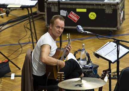 Sting (photo by Clive Barda)