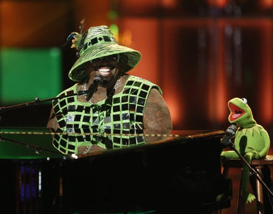 CeeLo Green performs with Kermit the Frog. (NBC photo)