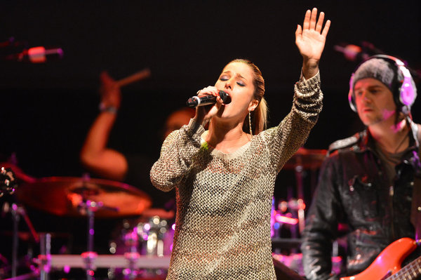 `The Voice Special Live Performance Event Celebrating Top 12 Artists`: Pictured is Cassadee Pope. (photo by Frazer Harrison/NBC)
