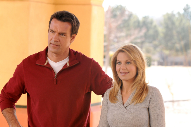 Annie (Candace Cameron Bure) and Mark (David James Elliott) learn that honesty is the best policy in the premiere of `Truth Be Told,` airing Saturday, April 16 (8 to 10 p.m. ET) on FOX. (photo copyright 2011 Fox Broadcasting Co. Credit: Richard Foreman/TeleNext Media/FOX)