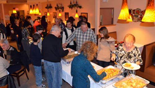 Leon's Italian Bistro & Pizza held its official opening on Jan. 3. Guests enjoyed a buffet of Italian food. (photo by Marc Carpenter)