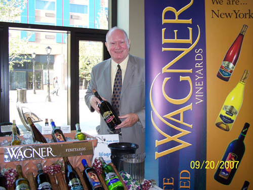 Dan O'Connor of Wagner Vineyards at last year's fundraising event.