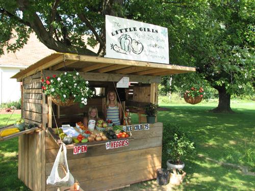 Roadside Stand Designs : Local farms prosper despite droughts and frost