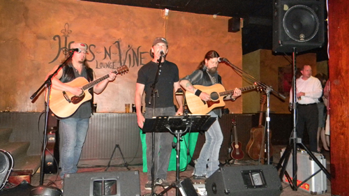 Hops-N-Vines hosts Tim Donahue and Mike Killian (not pictured) in its latest live music night.