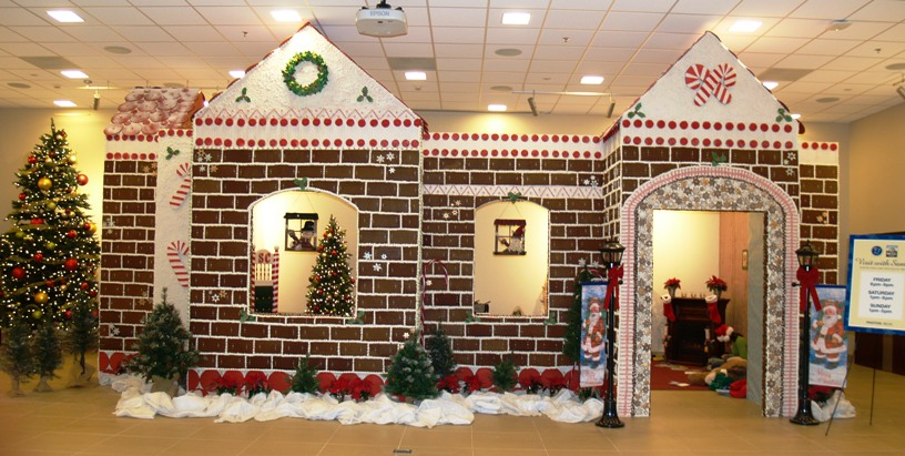 The NCCC Niagara Falls Culinary Institute gingerbread house.