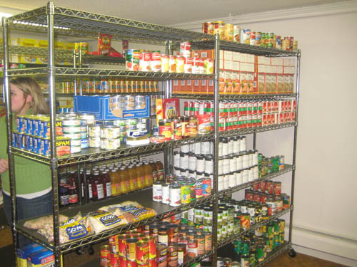 Open two days per week, Food Pantry services are available to qualifying individuals in the 14131, 14092 and 14174 zip codes.