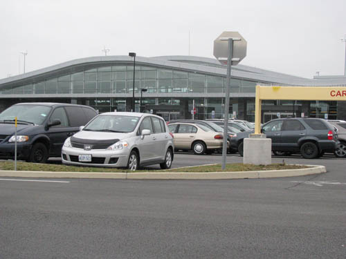 Parking lots near the new terminal fill up quickly these days. (photo by Susan Mikula Campbell)