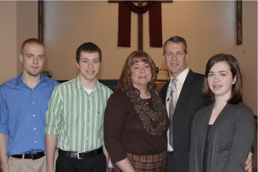 Shown from left are Eric, Daniel, Tammy, Wayne and Allison Hokanson.